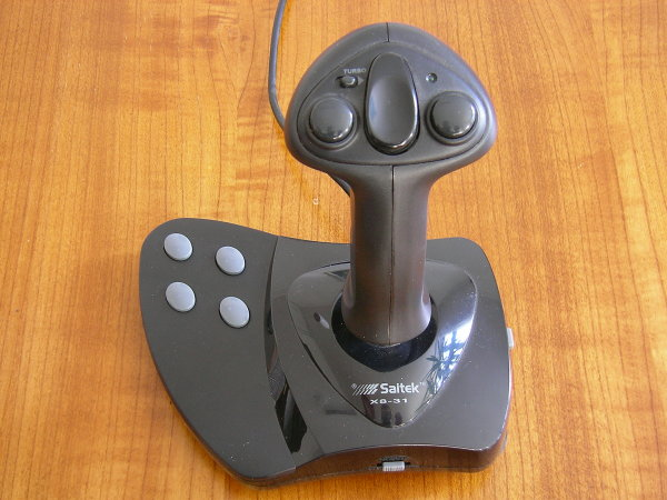 Analogue Saitek X8-31 Joystick